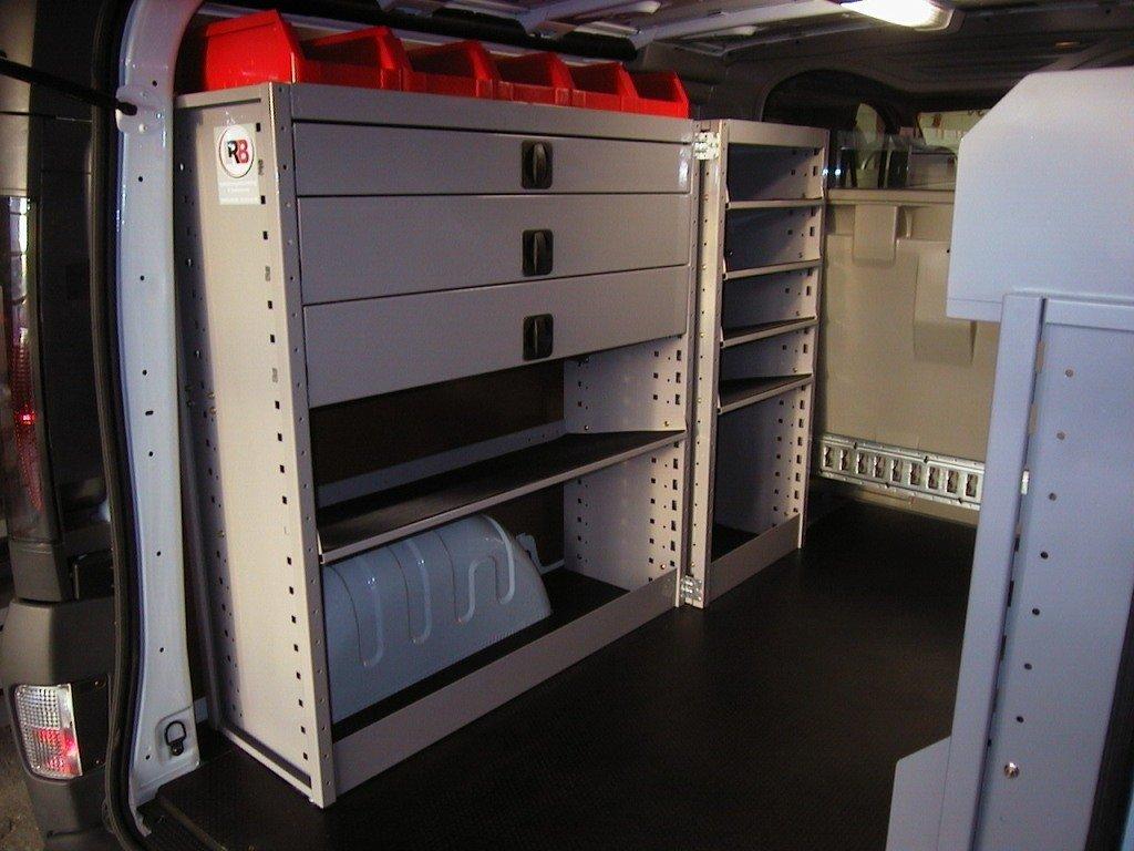Opel vivaro dubbele cabine inbouwvoorbeelden lrb for Interieur opel vivaro